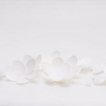 Fiore bianco c/adesivo d.65 pz.10 18262